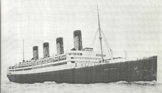 Aquitania, Ship that brought Fraunfelders to New York